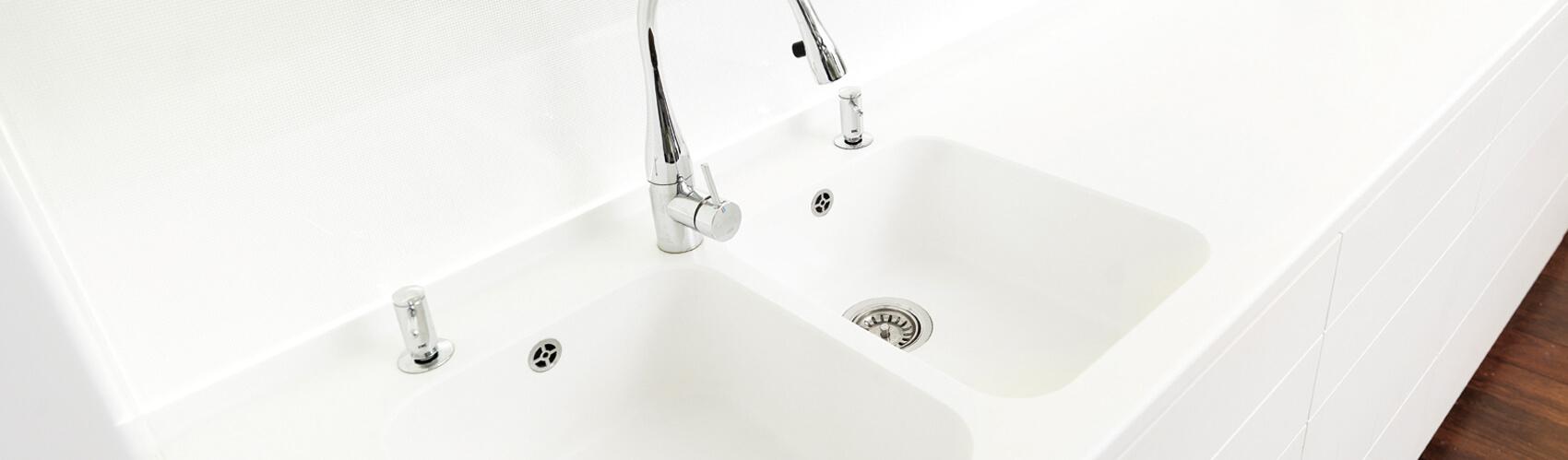 Hi-Macs badkamer – badkamermeubel op maat | Correnti